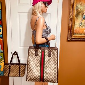 👜👜👜Authentic Gucci GG Shelly Tote Bag